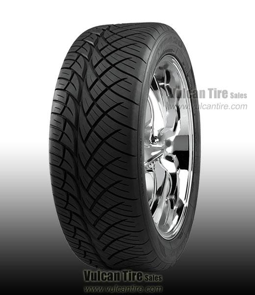 305//40R23 114H Nitto NT420S All-Season Tire
